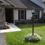 how to install a garden lamp post